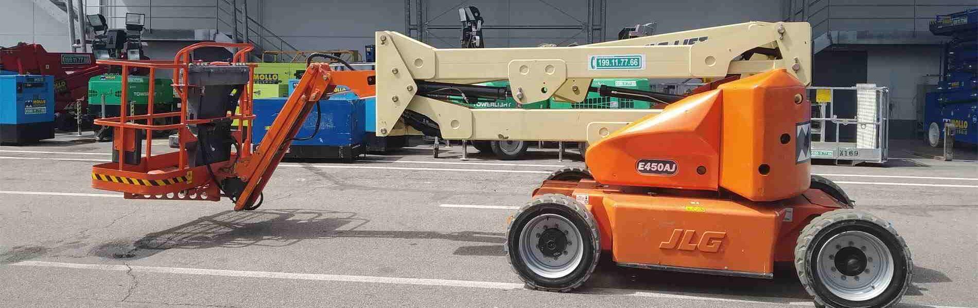 JLG E450 AJ - ANNO 2006